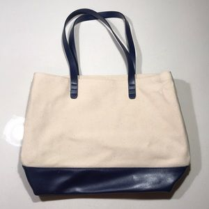Bloomingdales Canvas Tote Bag